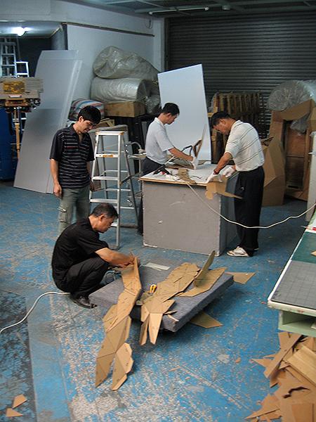 Joseph Delappe - Page 2 25_cardboard-gandhi-china-progress